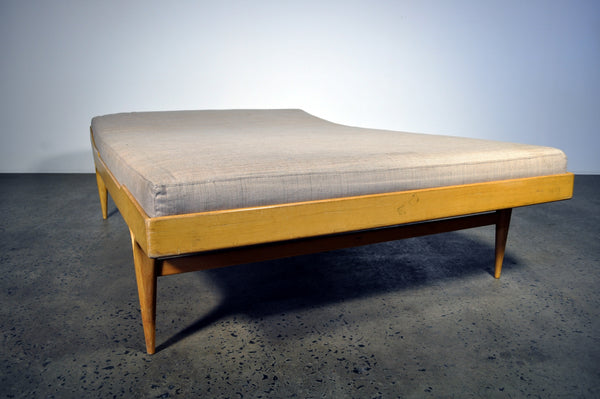 Berlin Daybed by Bruno Mathsson. Under restoration.