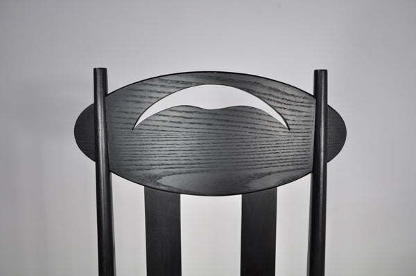Charles Rennie Mackintoshs Argyle chair and table.