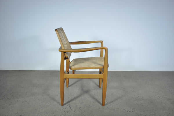 Sergio Rodrigues Oscar chair. By LinBrazil.