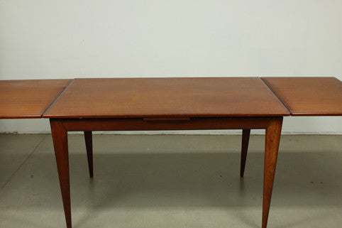 Arne Vodder Extension Table - Case 22