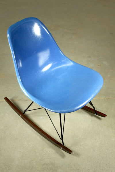 Eames Blue Rocker - Case 22