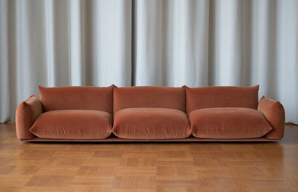 Marenco sofa by Arflex. To be restored.