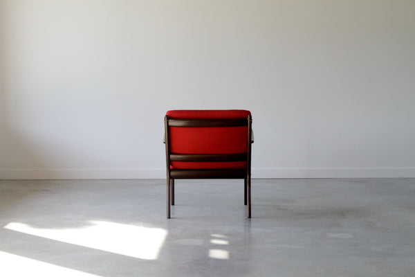 Ole Wanscher lounge chair. Model PJ 112. In Red.