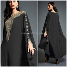 Load image into Gallery viewer, Royal Islamic Modern Elegant Dubai Moroccan Caftan Arabic party wear Beach kaftan- K054