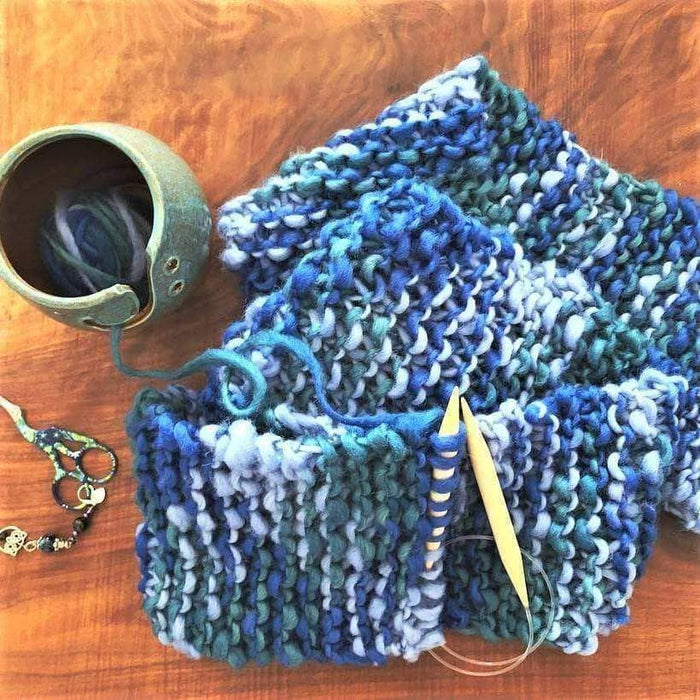 Knitting pattern and Knitting yarn bowl