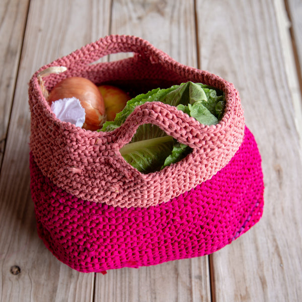 Market Tote in pinks on a wooden table