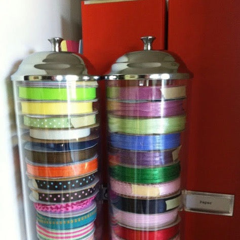 How to organize your craft ribbon using straw holders