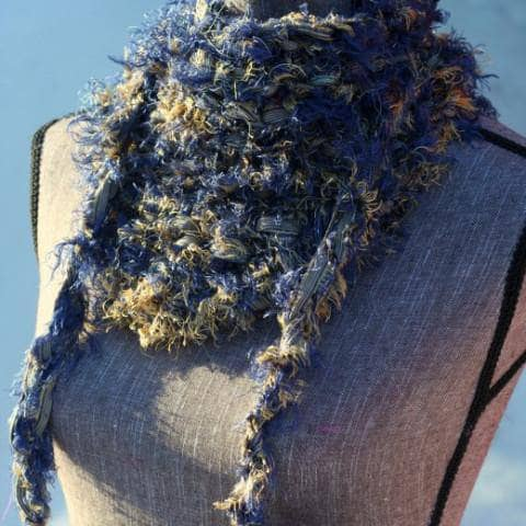 Color: Foliage Stormy Beach Knitted Karma Glitter Scarf Glasz