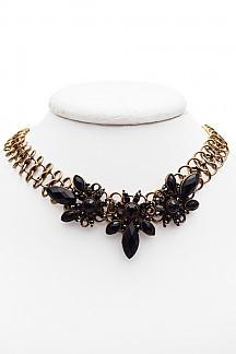 FLOWER BUNCHED WITH CHOKER - 1LT2F
