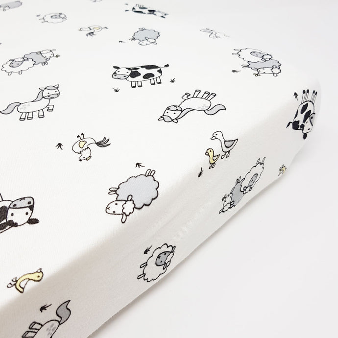 little acorn | Farmyard Cot Fitted Sheet - Babes & Kids Cot Baby Bedding