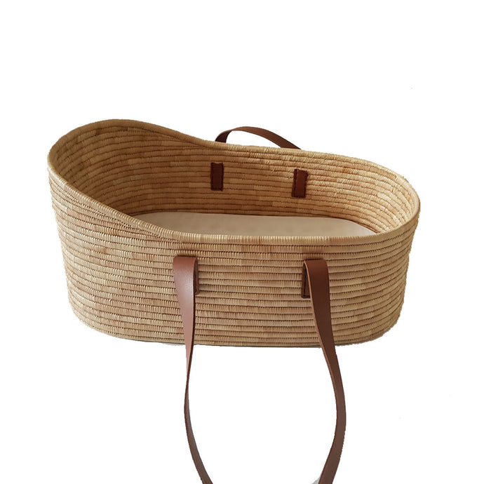 Moses Basket with Breathable Mattress - Genuine Leather Handles - Babes & Kids Cot Baby Bedding