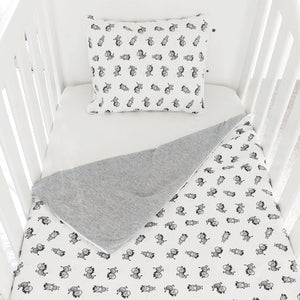 little acorn | Zany Zebra Cot Set