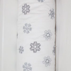 Embroidered Snowflake Cordless Cot Bumper Cover (cover only)