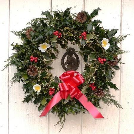 Wholesale Holly Wreaths