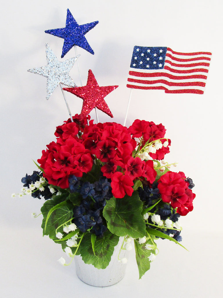 Red, White & Blue Patriotic Table Centerpiece