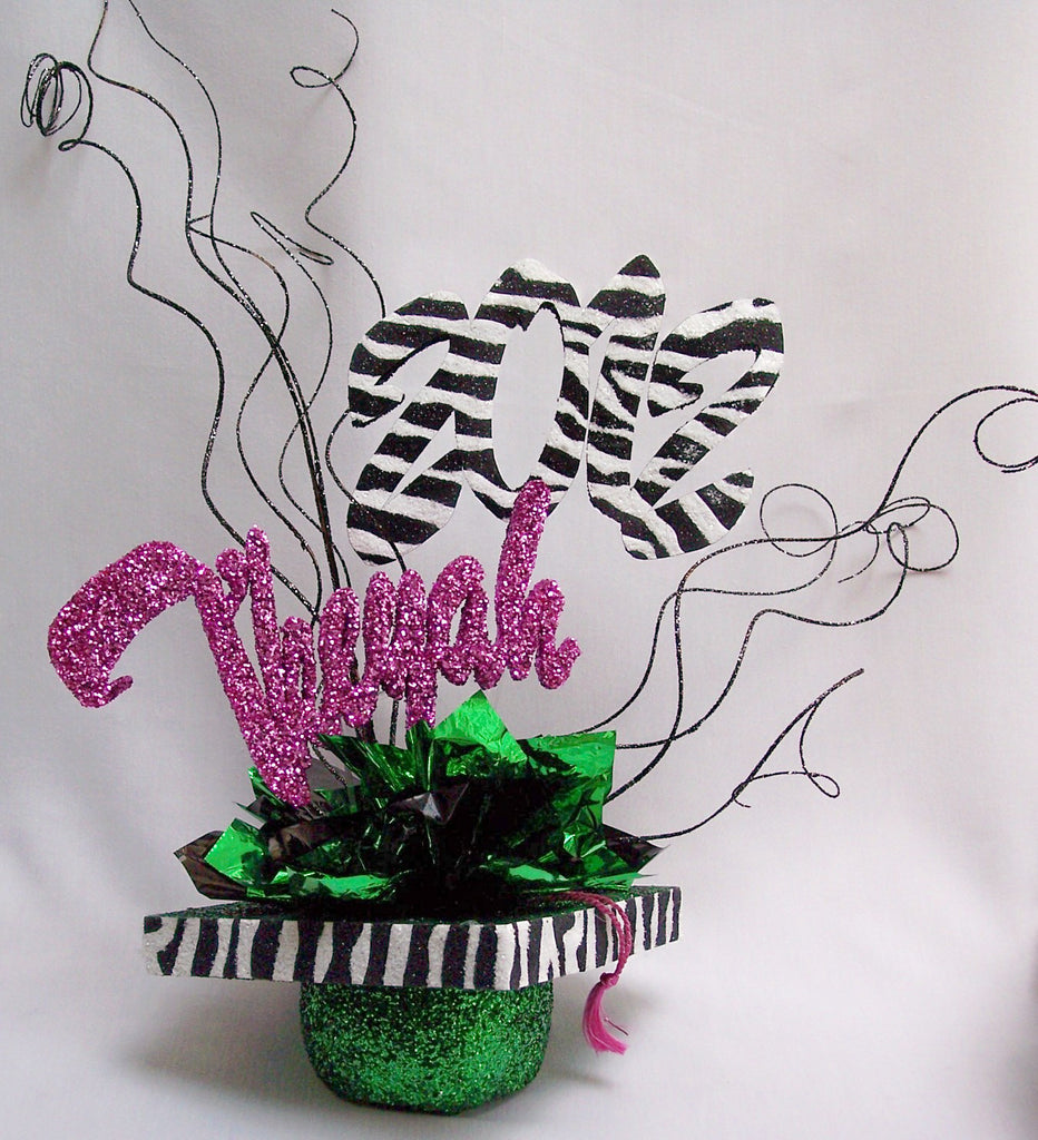 Animal print themed graduation centerpiece