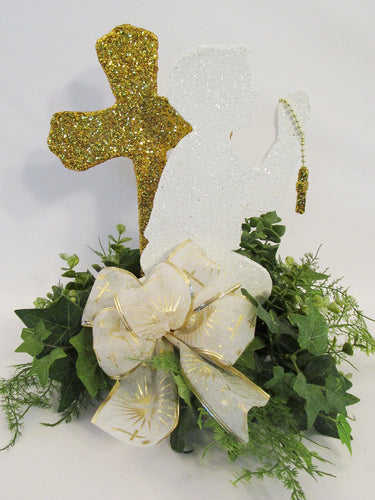 1st communion praying boy centerpiece - Designs by Ginny