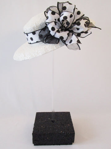 Brim hat centerpiece - Designs by Ginny