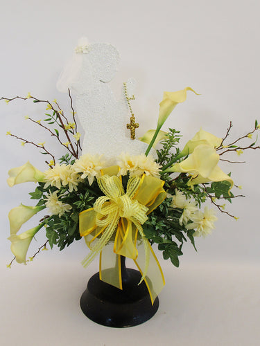 1st communion floral centerpiece - Designs by Ginny