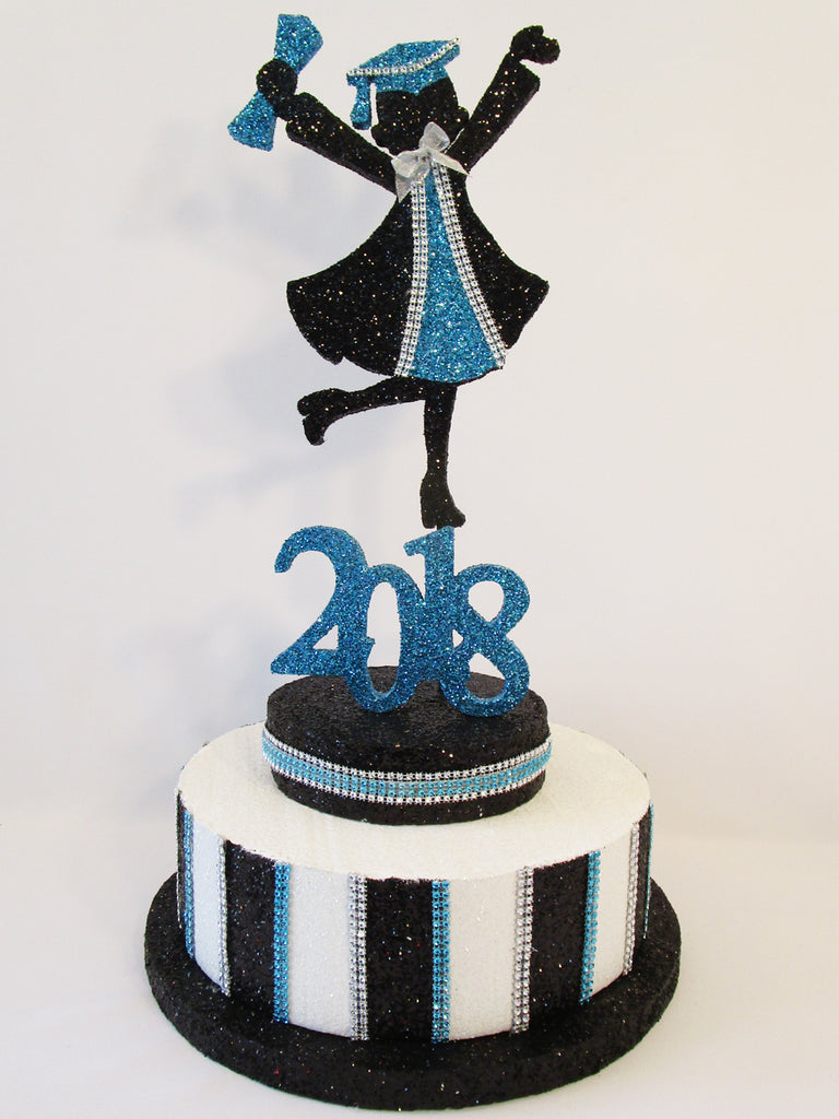 Grad Girl 2018 On Faux Cake Base Designs By Ginny