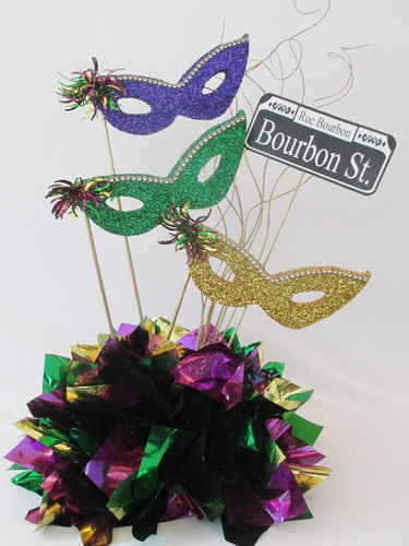 Mardi Gras themed centerpiece - Designs by Ginny