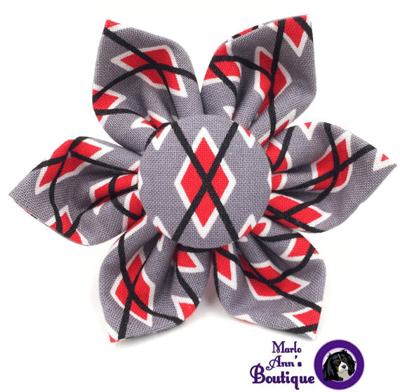 Scarlet & Gray Argyle Flower