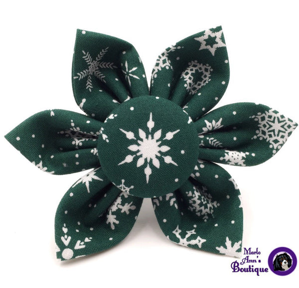 Green & White Snowflake Flower