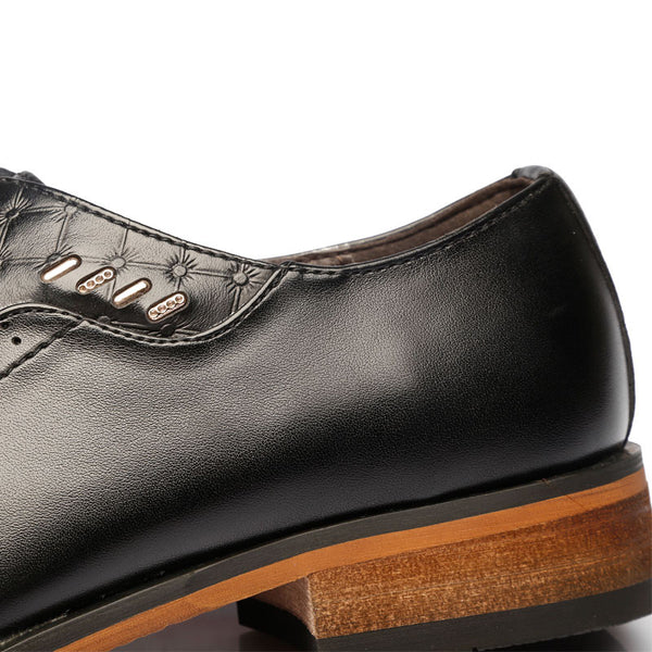 Shoes casual available 2 colors black/brown