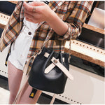 Chic Chain Korean Fashion Shoulder Bag /Messenger Bag