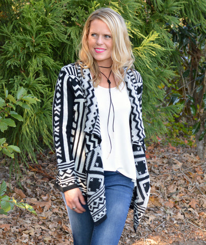 BLACK WHITE TRIBAL SWEATER CARDIGAN