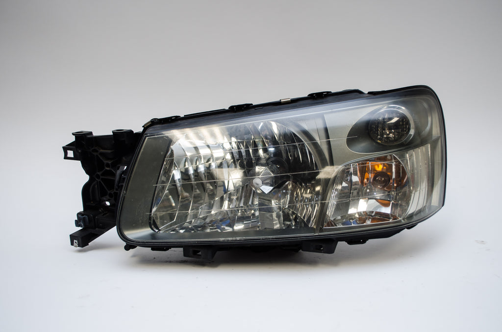 Head Lights - JDM Subaru Forester STi HID SG5 Headlights Head Lamps 2003 2004 2005