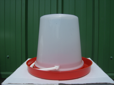 10 Ltr BUCKET DRINKER