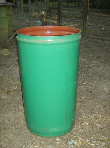 210 LTR STORAGE DRUMS