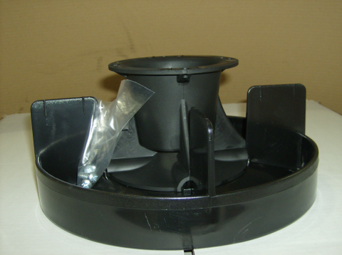LARGE PAN FEEDER IN PLASTIC
