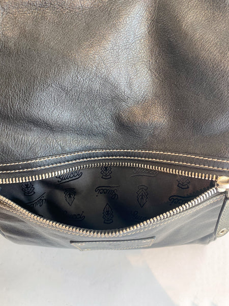 Gucci Black Leather Weekender Bag Front Zipper Pocket Logo