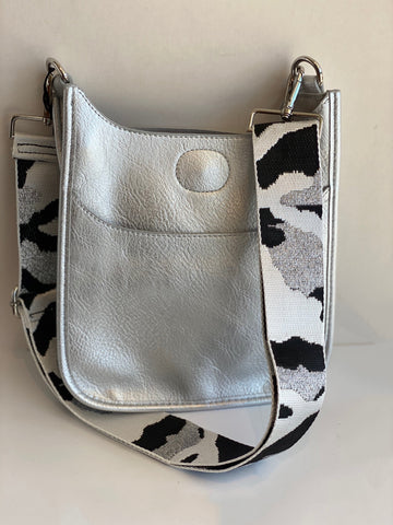silver mini messenger