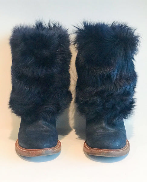 Chanel Fur Boots Navy Blue Front of Shoes