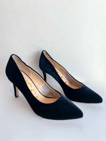 Gucci Velvet Pumps Black