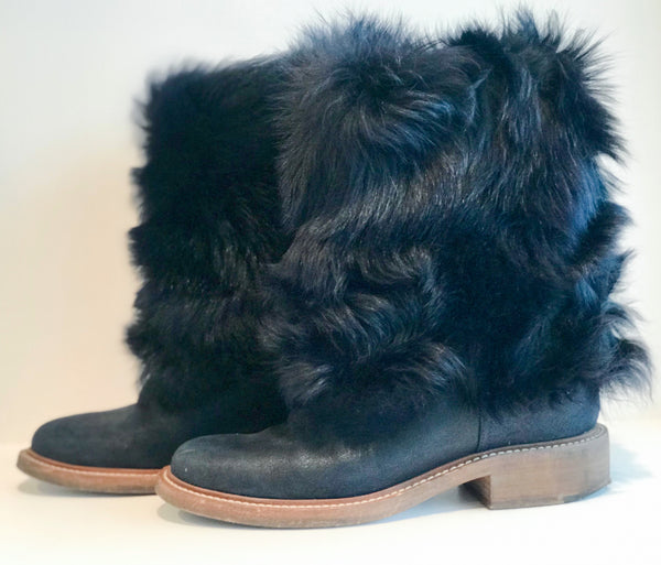 Chanel Fur Boots Navy Blue Side of Shoes