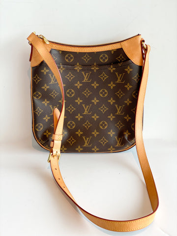 Louis Vuitton Odeon PM front