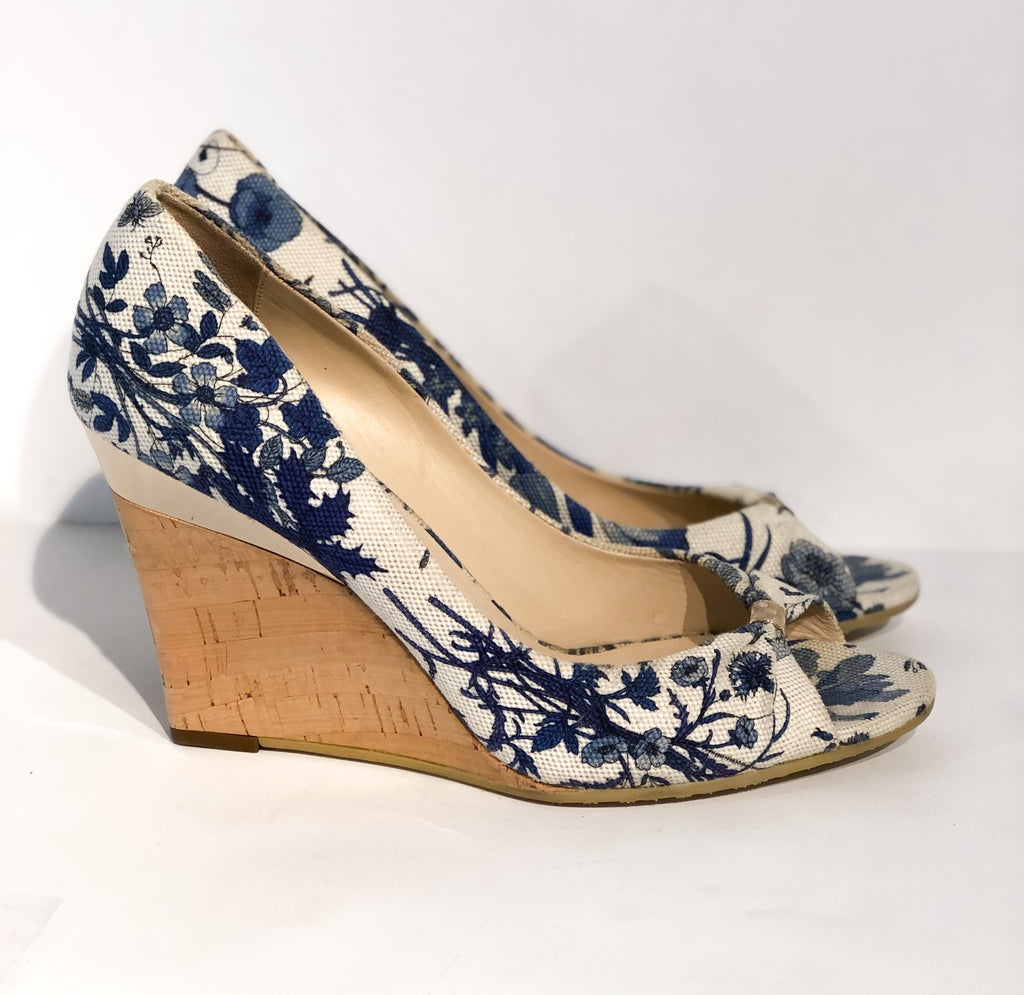 Gucci Floral Wedges Blue and White Side of Shoes