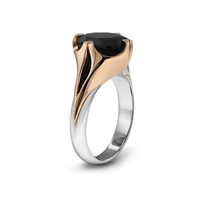 Black spinel ring in 18k mixed metal