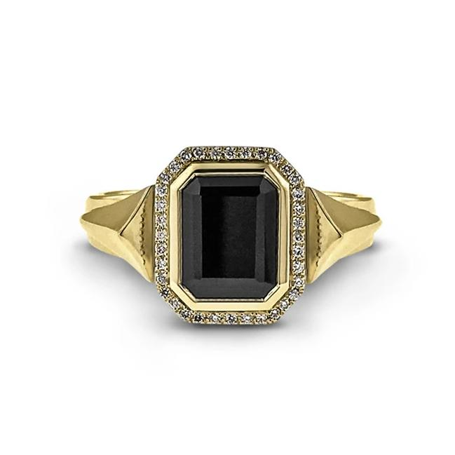 Black spinel and diamond ring in 18k yellow gold