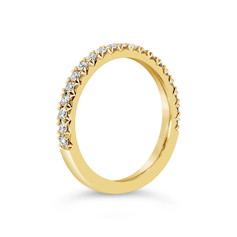 FRENCH PAVÈ HALF BAND DIAMOND RING in 18K YELLOW GOLD