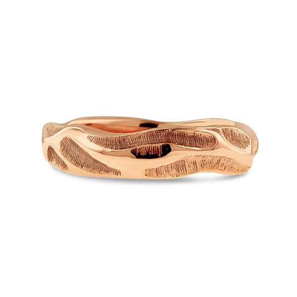 ORGANIC CARVED BAND IN 18K ROSE GOLD