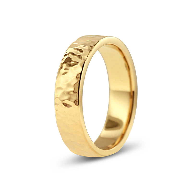 HAMMERED FINISH RING IN 18K YELLOW GOLD