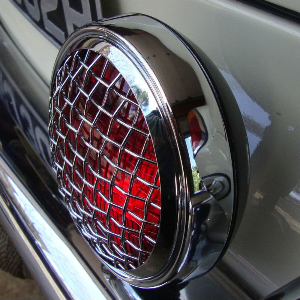 RED STOP LIGHT / FOG LIGHT WITH VINTAGE GRILL - 6""