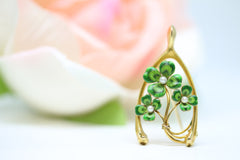 Vintage 4-leaf Clover, Wishbone Pin