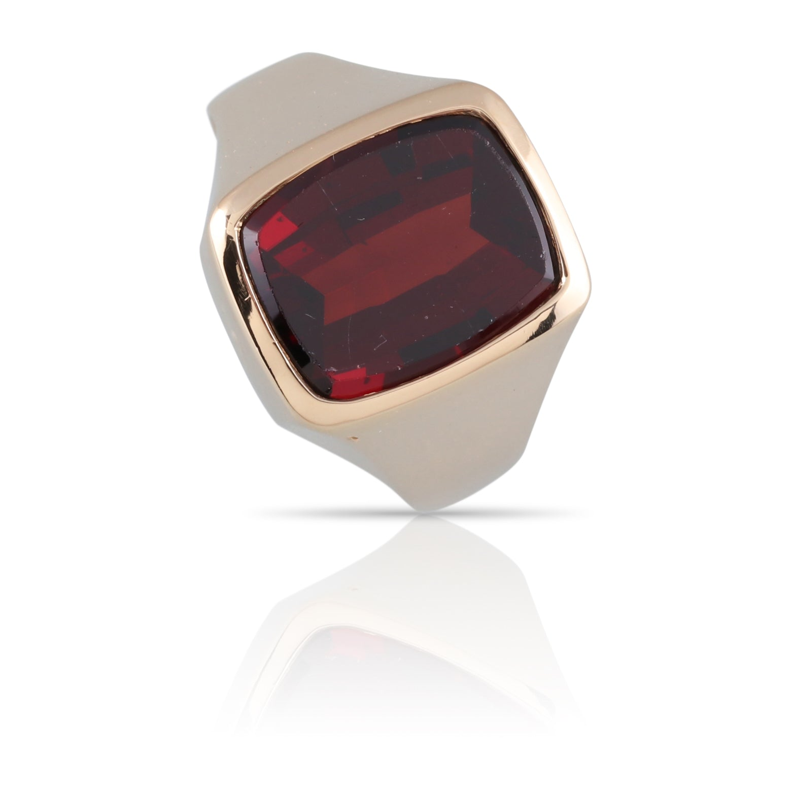 Garnet Ring | The Robert