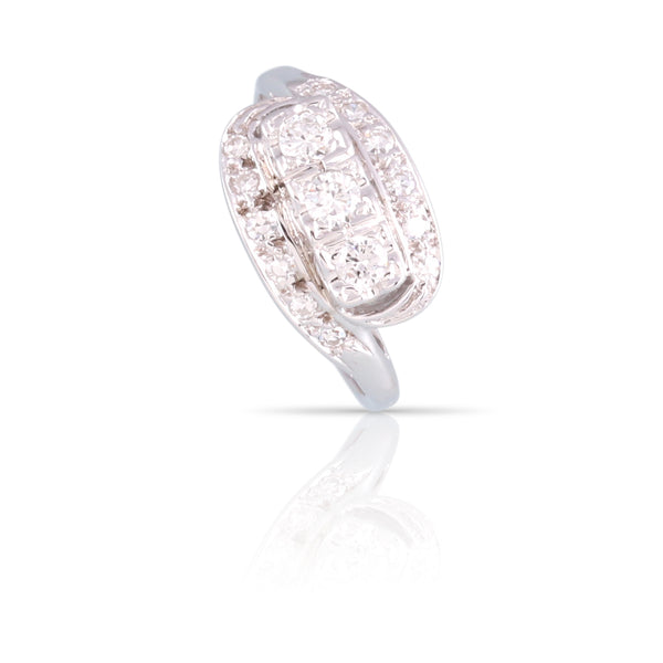 Three Stone Diamond Ring | The Gianna